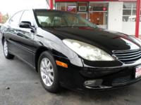 This Lexus ES is super clean inside and out, it drives