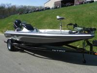 CLEAN 2009 NITRO Z7 WITH ONLY 137 ENGINE HOURS AND