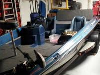 17' Bass boat.   new carpet.   Everything works.  150