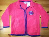 Super cute Nike fleece size 3T for sale. Excellent