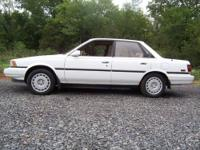 Classic 1990 Toyota Camray V6 LE ,loaded, SUPER CLEAN ,