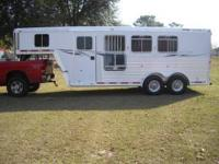 All Aluminum 2002 Featherlite 3 horse slant, SUPER NICE