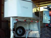 Very nice 2008 Titan 2 gooseneck horse trailer for sale
