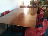Selling very nice solid wood dining table, excellent