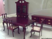 Very Pretty Victorian style cherry dinning room set