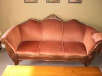 This antique Victorian couch is in fantastic pre-owned
