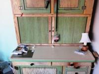 Vintage 1920'S Hoosier cabinet with initial paint and