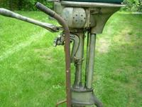 Vintage 1940's Evinrude Zephyr 5.4 horse power outboard