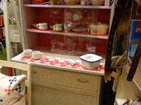 Right here is a definitely nice 1950's formica kitchen