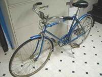 For sale I have this vintage 1960s Schwinn mens 5 speed