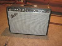 FOR SALE VERY CLEAN VINTAGE 1968 FENDER VIBROLUX REVERB