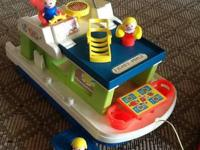 Classic Houseboat draw toy. Includes table, 2 chairs,