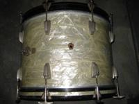 "A Ludwig WFL 14"" x 20"" bass drum in white marine pearl"
