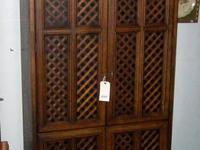 fine Drexel vintage cabinet dresser in excellent
