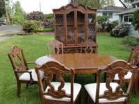 Beautiful Hutch with Matching Buffet, Wood Dinning