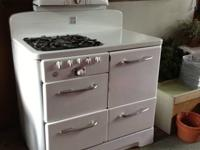 Vintage appliances for sale: 40 inch porcelain stove