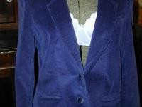 I have for sale a vintage Worthington corduroy ladies 2