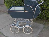 This vintage Caja Holland infant delivery is in