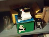 2 Polaroid Swingers, Kodak duaflex II, Kodak Hawkeye