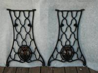 VINTAGE SINGER CAST IRON TREADLE SEWING MACHINE LEGS