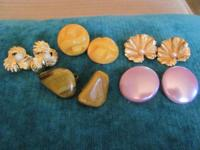 Vintage clip earrings. Perfect condition, I am asking