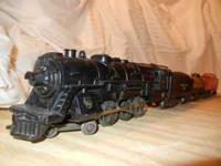 Vintage Marx Santa Fe steam train set, complete. The