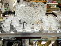 "This vintage crystal punch bowl set, in the ""Daisies"
