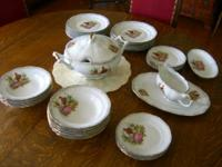 VINTAGE   WALBRZYCH ,  POLAND   PORCELAIN   DISHES,