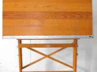 VINTAGE DRAFTING/CRAFTS TABLE IT ADJUSTS UP AND DOWN AS