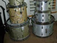 (left in pic )vintage drums - 60's marine pearl -- no