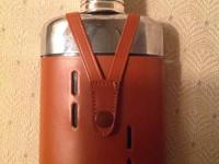 FOR YOUR CONSIDERATION IS THIS VINTAGE FLASK MADE IN