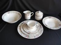 This is a beautiful, vintage set of 39 pieces of