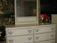 VERY NICE RARE HARD TO FIND VINTAGE DRESSER WITH