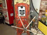 WAYNE MODEL 80  GAS PUMP, GOOD CONDITION, $ 650.00