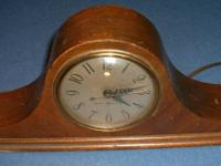 VINTAGE GE GENERAL ELECTRIC MANTEL SHELF WOOD CLOCK