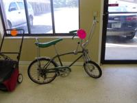 WE ARE SELLING A REALLY AWESOME VINTAGE GREEN SCHWINN