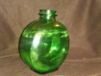 I am selling this Vintage Green Sunsweet Duraglass