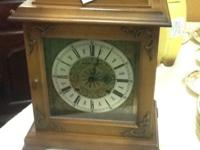 Beautiful and vintage Hamilton mantel clock chimes
