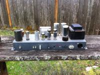 Up for sale is a very early 1960's Hammond amp. Design