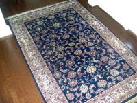 Beautiful all wool hand knotted oriental rug in mint