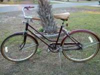 Im selling a used vintage excellent condition huffy