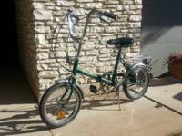 I am selling a vintage Huffy Touriste 3 speed folding