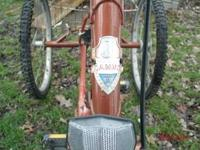 Nice Vintage JOANNA trike. Front cable lever froze up.