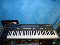 Very rare Korg Poly 61 Synthesizer. Fires up but no
