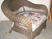 Vintage Large Wicker Chair ! Full Back U0026 Wide Seat $40 BO.