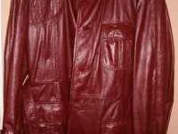 Vintage Men's Burgundy Leather Jacket in Like New