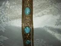 This lovely bracelet is from the 80's it is 7 inches