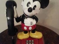 Vintage Mickey Phone in great condition.