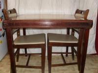 Beautiful Vintage folding Card Table and 4 folding