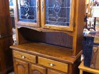 Very nice Vintage Oak Hutch with leaded glass doors